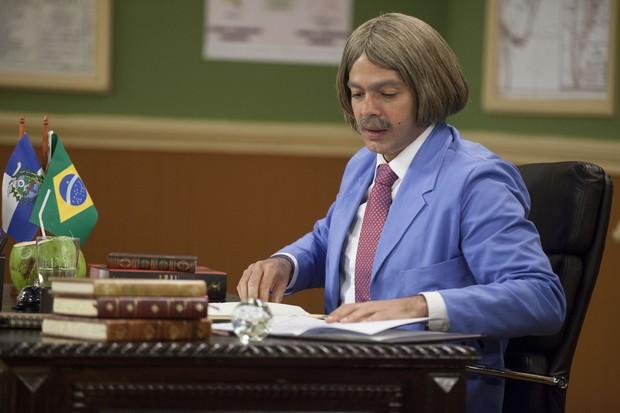 Bruno Mazzeo em cena da Escolinha do Professor Raimundo (Foto: Globo/Pedro Curi)