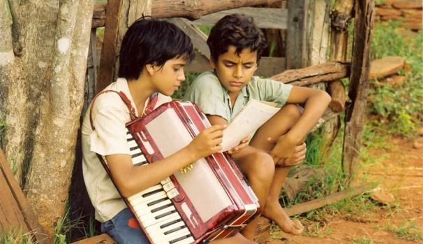 Francisco quer que seus filhos se tornem uma dupla sertaneja (Foto: Divulgação/Reprodução)