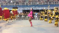Kimberly Muriel, destaque da Nenê de Vila Matilde, dança no sambódromo