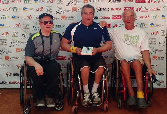 tênis em cadeira de rodas Carlos Santos (Foto: Divulgação CBTenis)