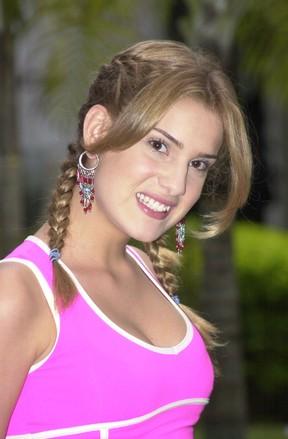 """Karina Dohme em """"Sandy e Junior"""" como Beth (Foto: TV Globo)"""