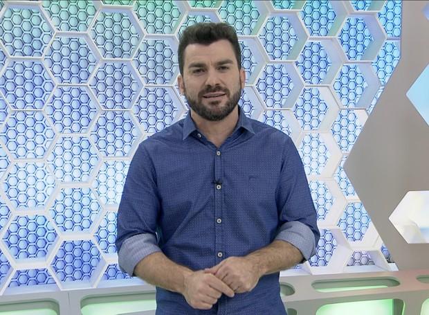 Giovani apresentava o Globo Esporte (Foto: Reprodução RBS TV/Divulgação)