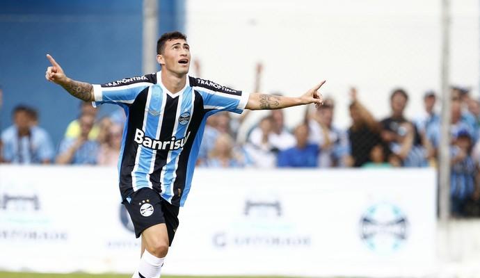 grêmio gramadense gol paulinho jogo-treino (Foto: Lucas Uebel/Grêmio FBPA)