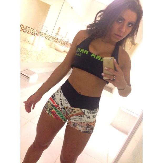 Alessandra Ferreira, namorada de Thammy Miranda, em academia em São Paulo (Foto: Instagram/ Reprodução)