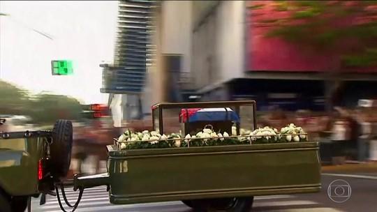 Cinzas de Fidel Castro iniciam jornada de Havana a Santiago