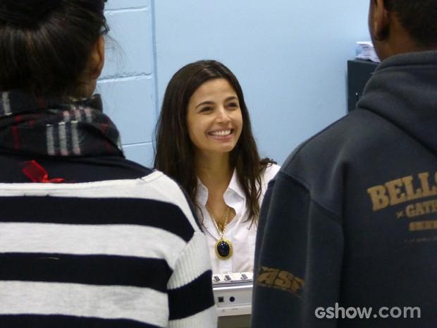 Emanuelle já treina suas aulas com o elenco jovem de Malhação (Foto: Malhação / TV Globo)