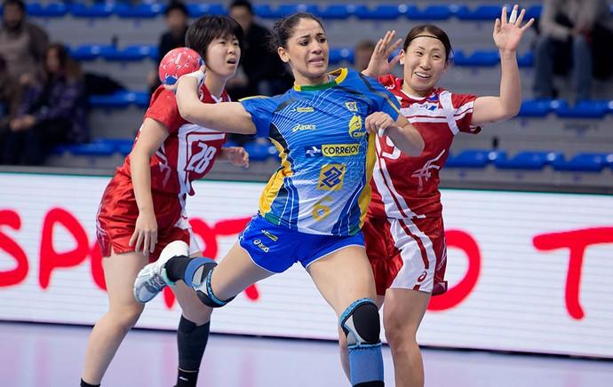 Brasil e Japão handebol Mundial (Foto: Cinara Piccolo / Photo&Grafia)