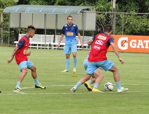 Hugo Ragelli Treino Cruzeiro (Foto: Tarcísio Badaró)