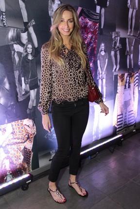 Mariana Weickert em evento em São Paulo (Foto: Paduardo/ Ag. News)