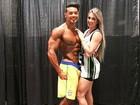Juju Salimeni posa com namorado em bastidor de campeonato