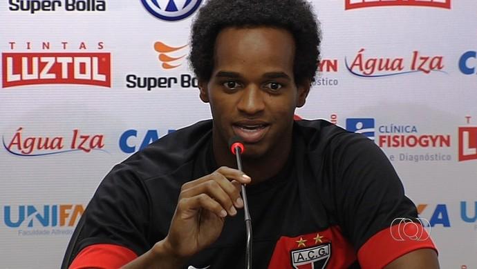 Magno Cruz, meia do Atlético-GO (Foto: Reprodução/TV Anhanguera)