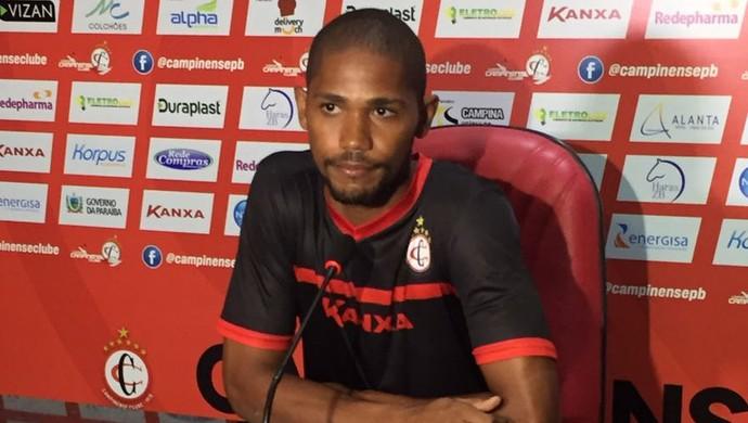Gilmar, lateral do Campinense (Foto: Silas Batista / GloboEsporte.com)