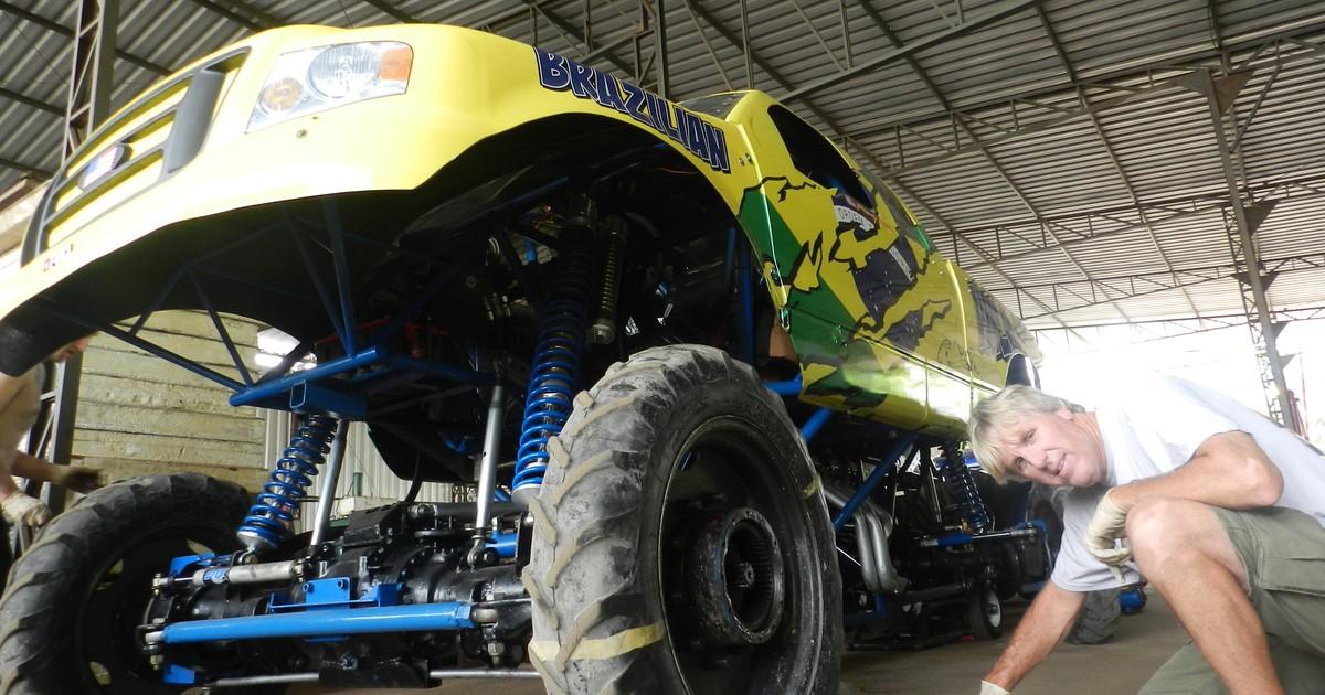 Caminhonetes gigantes do 'Monster Truck' são atrações em Paulínia - Globo.com