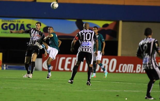 Goiás x Botafogo-PB (Foto: Weimer Carvalh / Vipcomm)
