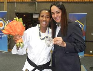 judô Érika Miranda e a treinadora Rosicléia (Foto: Reprodução)