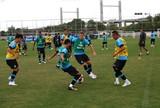 Luan corre ao lado de Lucas Leiva, e Felipão fecha treino mais uma vez