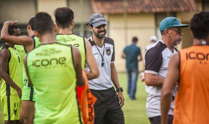 Cairo Lima deve testar opções para a sequência do Carioca (Foto: Wallace Feitosa/Volta Redonda FC)
