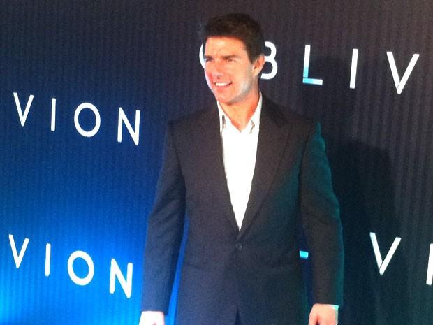 Tom Cruise chega para pré-estreia (Foto: Gabriel Barreira)