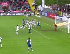 Collin Quaner gol contra escorpião Aalen Campeonato Alemão