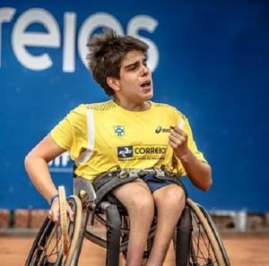 Fábio Bernardes tenista cadeirante Uberlândia tênis em cadeira de rodas (Foto: Raphael Oliveira/Arquivo pessoal)