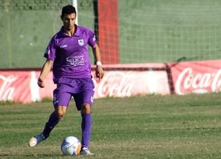 """Ap�s ouvir """"n�o"""", Gr�mio insiste em contrata��o de lateral-direito uruguaio"""