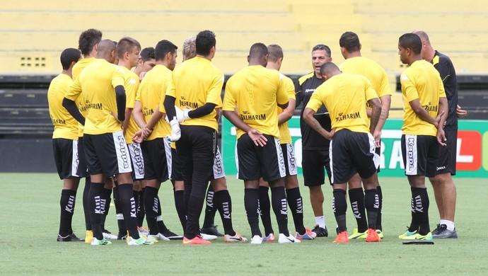 Luizinho Vieira Criciúma apresenta (Foto: Fernando Ribeiro/Criciúma EC)