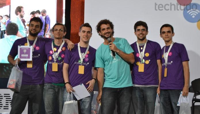 Grupo que ficou em segundo lugar trabalhou os Sentimentos do Público no Hackathon Globo (Foto: Zingara Lofrano / TechTudo)