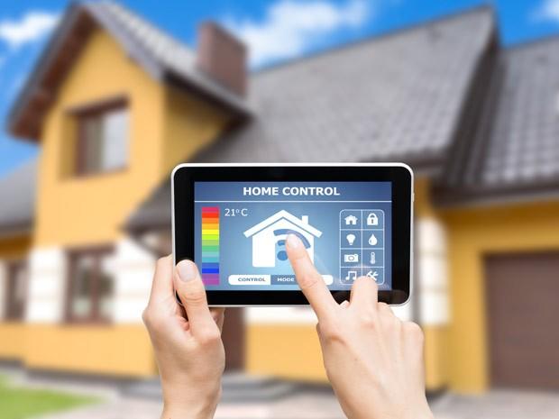 Imóveis home_control (Foto: Shutterstock)