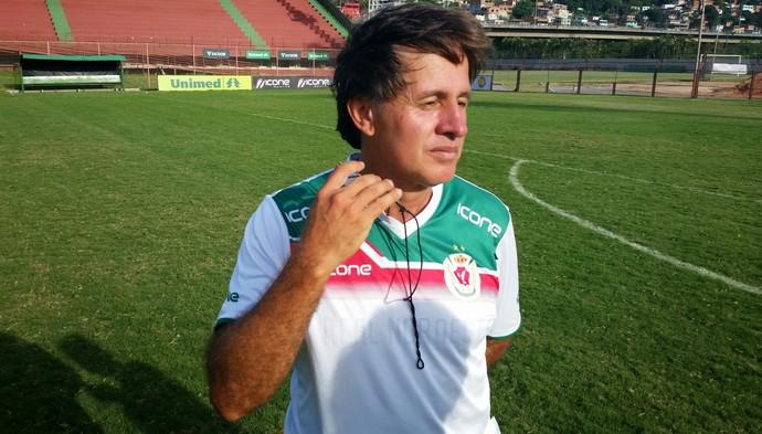 Wagner Oliveira, técnico do Real Noroeste (Foto: Sidney Magno Novo/GloboEsporte.com)
