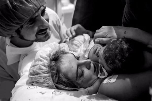 O parto do primeiro filho de Rafa Brites (Foto: Reprodução / Instagram)