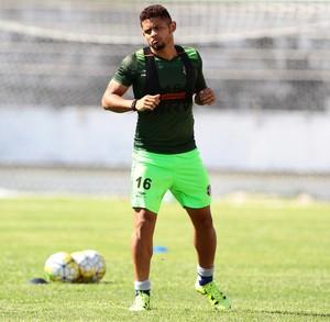 Roberto Santa Cruz (Foto: Marlon Costa/ Pernambuco Press)