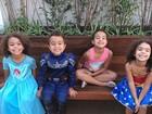 Ronaldo exibe filhas e amiguinhos fantasiados: 'Só parecem bonzinhos'