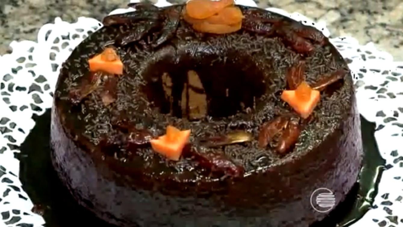 Bolo de chocolate (Foto: Reprodução/TV Clube)
