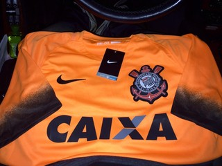 Camisa laranja do Corinthians (Foto: GloboEsporte.com)