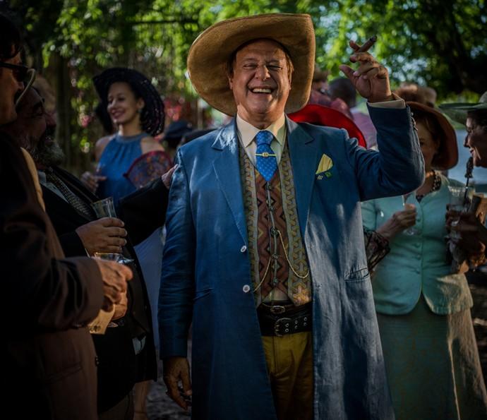 Antonio Fagundes assume o papel de Afrânio de Sá Ribeiro, o Saruê, personagem interpretado por Rodrigo Santoro na primeira fase (Foto: Caiuá Franco/ Globo)