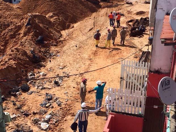 Defesa Civil suspendeu mais uma vez as buscas em virtude do mau tempo (Foto: Matheus Magalhães/Inter TV Cabugi)