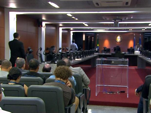 Julgamento ocorreu na Sala de Sessões do Pleno do TRT-PE (Foto: Reprodução / TV Globo)