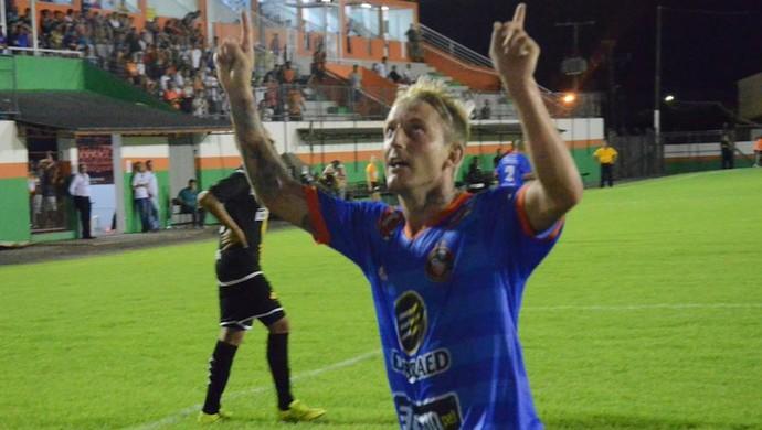 Aldair Camboriú (Foto: Lucas Coppi/Camboriú)