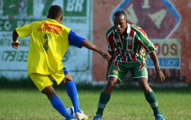 América-SE perdeu a invencibilidade no torneio  (Foto: Felipe Martins/GLOBOESPORTE.COM)