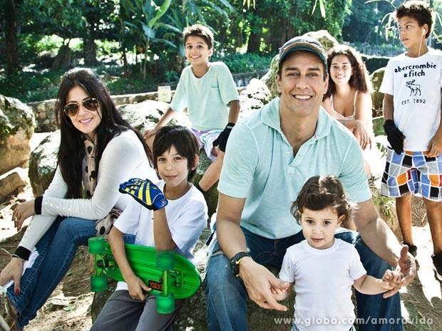 Marcello Antony e família (Foto: Marcos Ribolli)