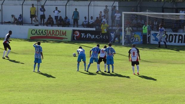 CSA x Corinthians-AL, no Nelsão (Foto: Viviane Leão/Globo Esporte)