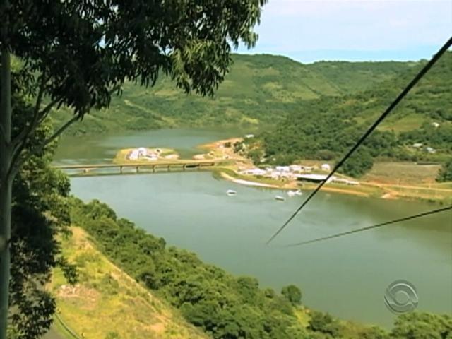 Rio Uruguai reserva belezas naturais na Região Norte do RS (Foto: Reprodução/RBS TV)