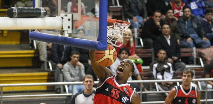Meyinsse Basquete Flamengo x Capitanes de Arecibo (Foto: Samuel Vélez / FIBA)