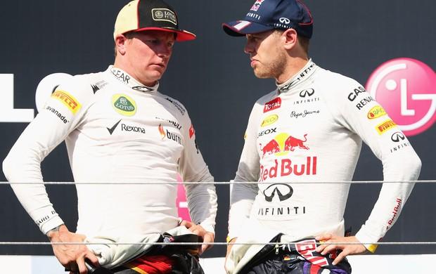 Sebastian Vettel foi tirar satisfações com Kimi Raikkonen após GP da Hungria (Foto: Getty Images)