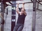 Giovanna Antonelli queima calorias em dia de crossfit