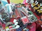 Produtos eróticos são vendidos em brechó dentro de escola, em Manaus