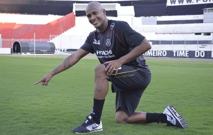Alexandro da Ponte se inspira em CR7 (Foto: Vinícius Bueno)