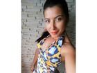 Priscila Pires chama atenção com cinturinha fina em imagem na internet