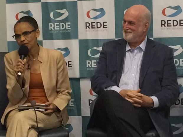Marina Silva ao lado do candidado à Prefeitura de São Paulo pela Rede, Ricardo Young (Foto: Roney Domingos/G1)