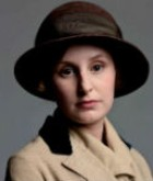 Lady Edith Crawley (Laura Carmichael)